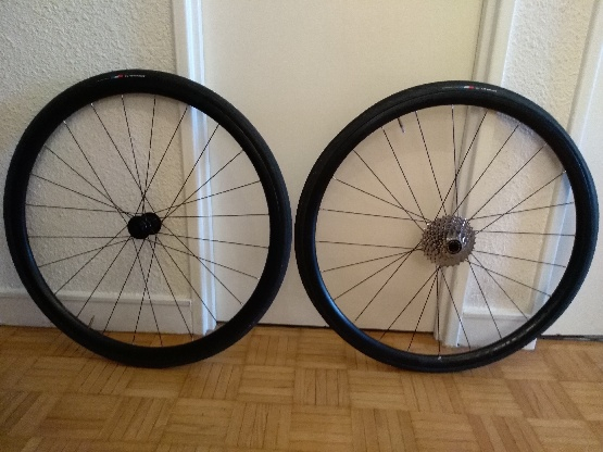 Pair roues bontrager tlr 28mm