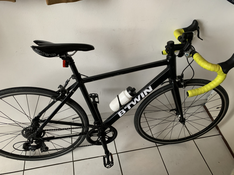 Vélo de route btwin triban 100